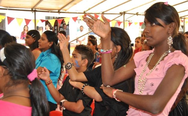 Lancement d'un dictionnaire en langue des signes mauricienne en DVD