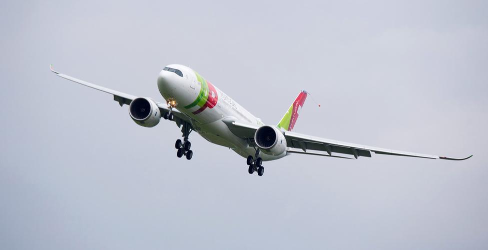 L'A330neo, dernier-né des gros-porteurs d'Airbus, atterrità Maurice pour la première fois