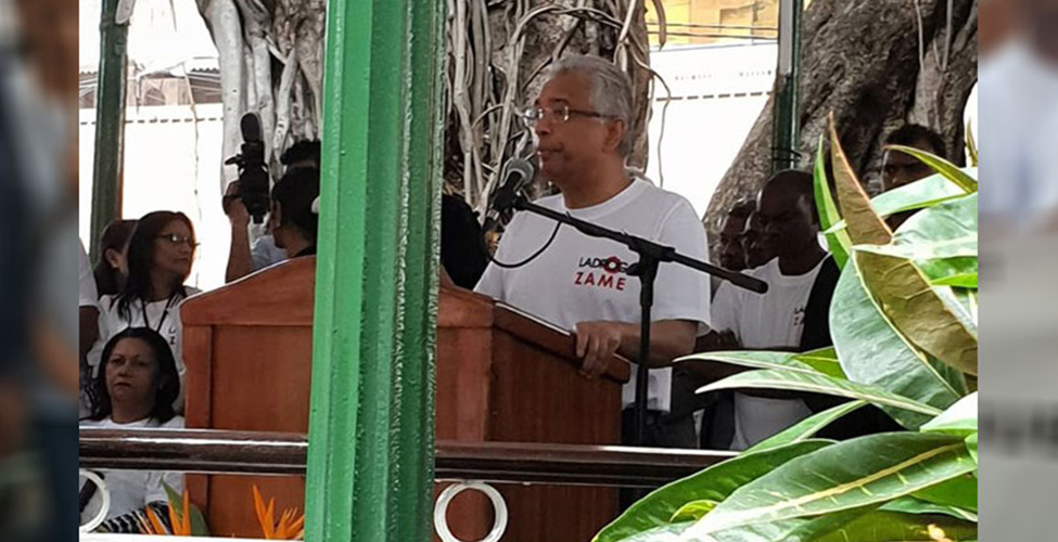Lutte anti-drogue : le Premier ministre, Pravind Jugnauth, à la tête d'une marche de protestation