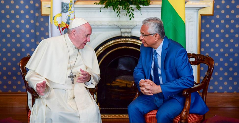 Discours du pape François aux autorités, à la société civile et au corps diplomatique