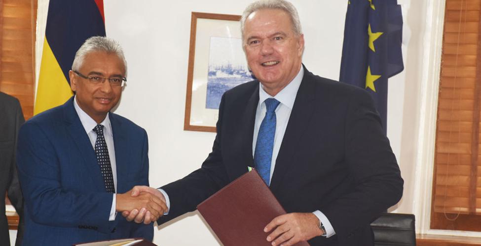 Maurice-UE : signature d'un protocole d'accord pour un financement de Rs 310 M