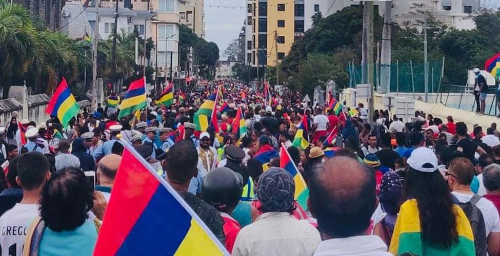 Grosse affluence à Port Louis pour dire 'Merci' aux athlètes