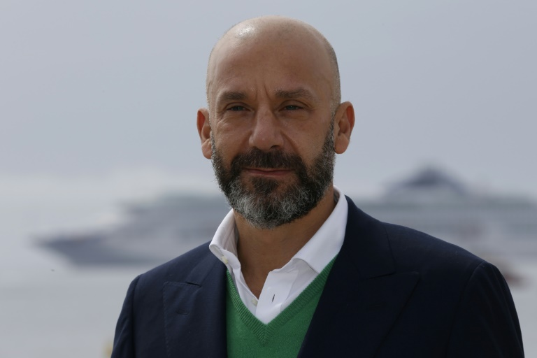 Vialli's crowdfunding platform creating 'bond' between clubs and fans