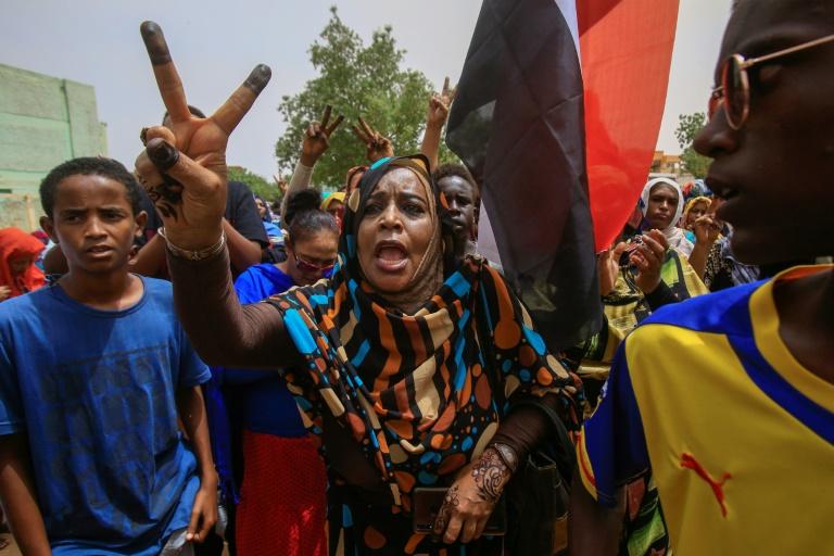 Au Soudan, des milliers de manifestants dans les rues pour défendre la révolution