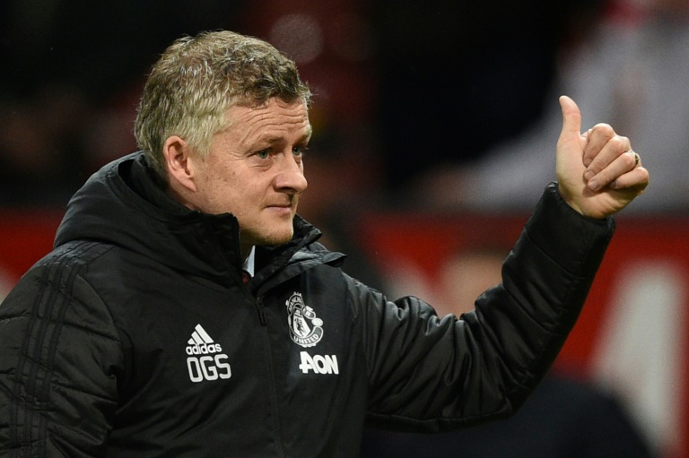 Solskjaer rejects Neville criticism as Rashford begins recovery