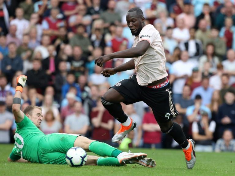 Mourinho dedicates United win to under-fire Woodward