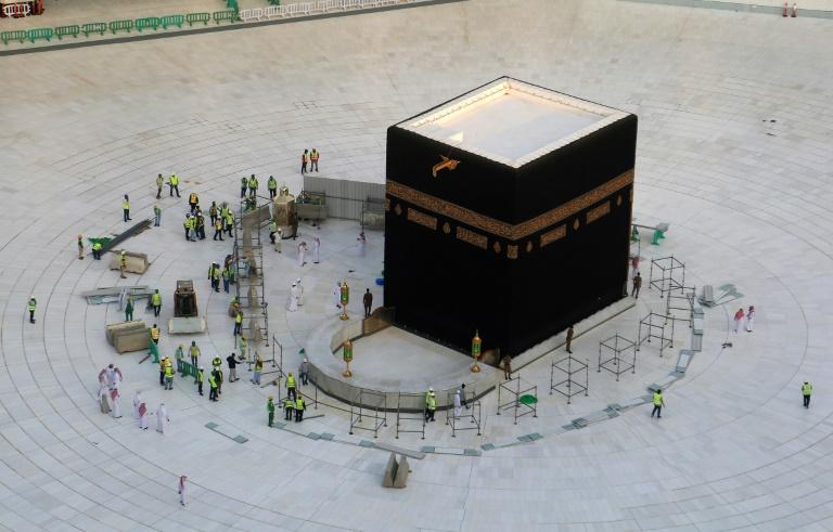Au temps du corona, un vendredi de prière sans foule au Moyen-Orient