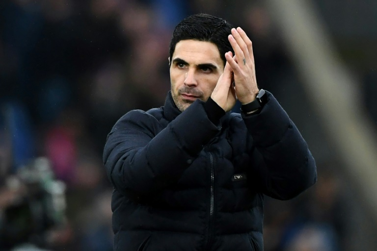 Arteta believes Arsenal can still chase down Chelsea
