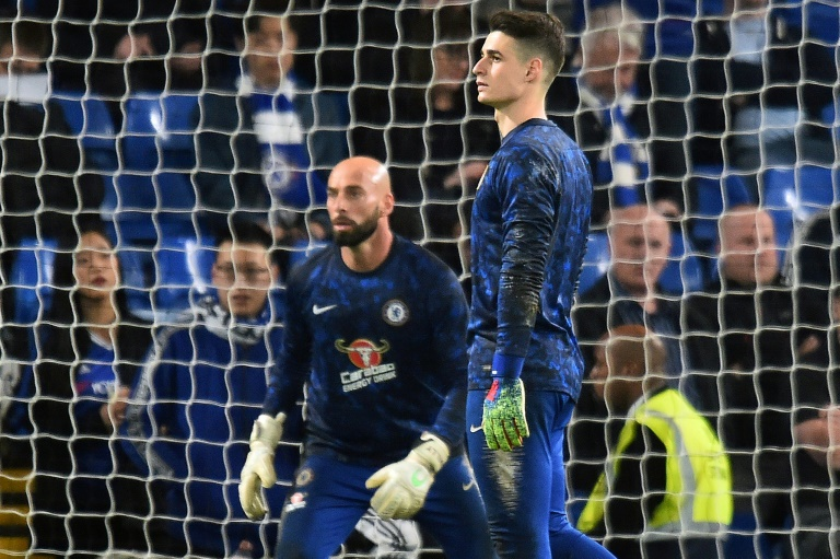 Kepa's fate in the balance as Chelsea bid to ease Sarri pressure