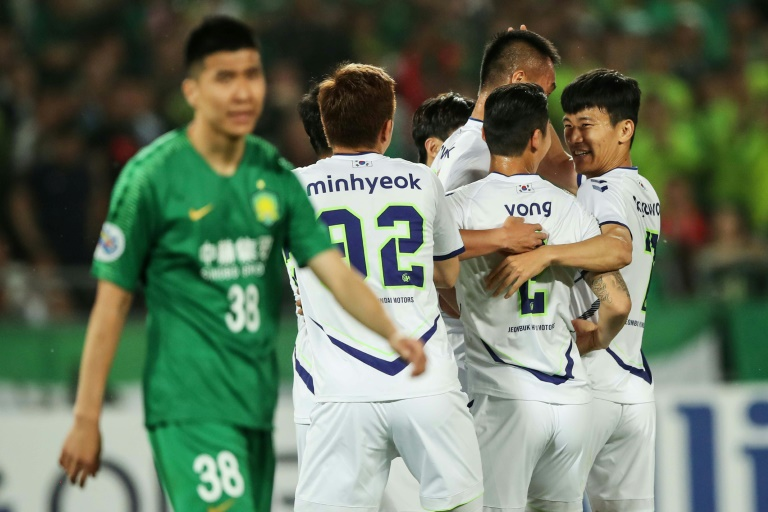 S. Korean football kicks off with new audience, safety measures