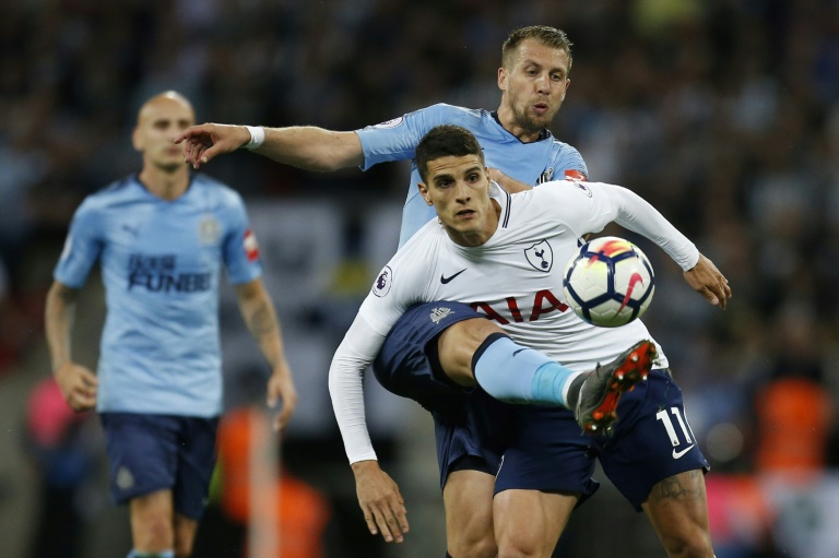 Lamela signs new contract with Tottenham