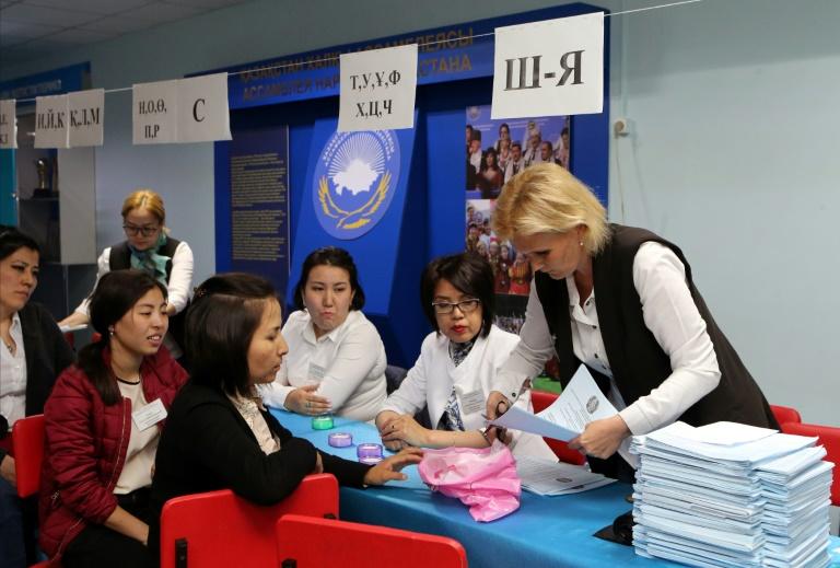 Présidentielle au Kazakhstan: respect insuffisant des normes démocratiques, selon les observateurs