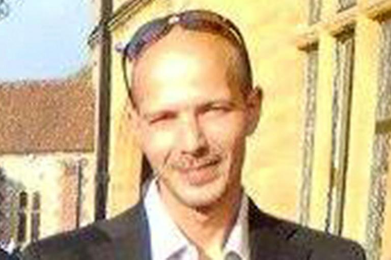 Le Britannique Charlie Rowley empoisonné au Novitchok a repris conscience