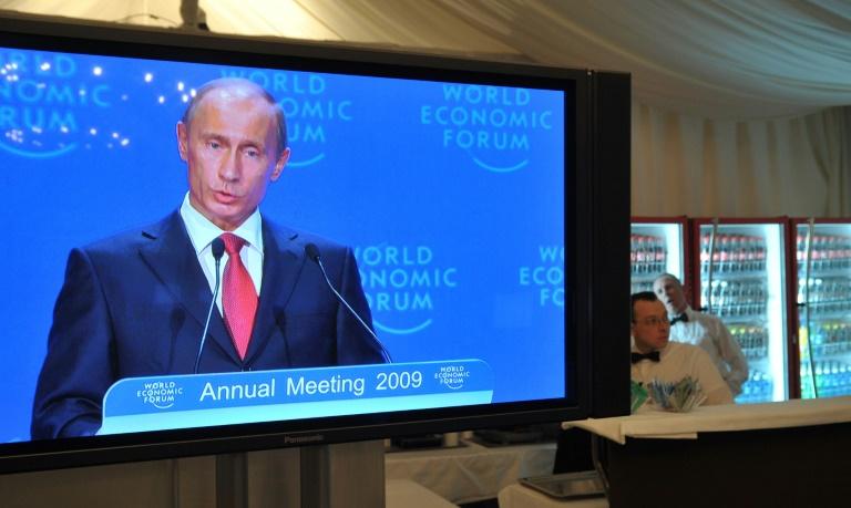 Des paillettes aux sanctions, le déclin de la Russie à Davos
