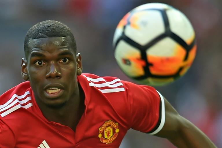 Ferdinand urges Man Utd not to sell Pogba