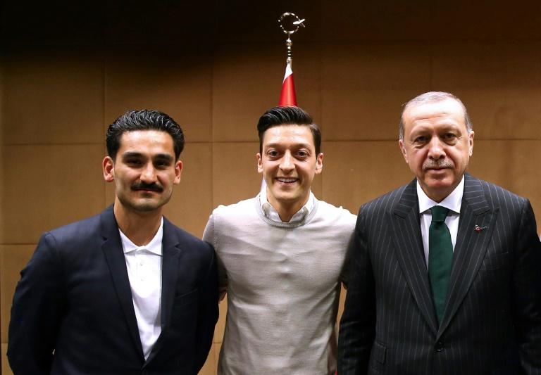 Turkey hails 'goal against fascist virus' after Ozil quits Germany side