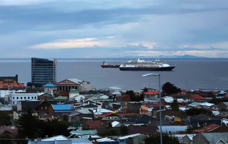 Paquebot avec passagers grippés cherche port en Amérique du Sud