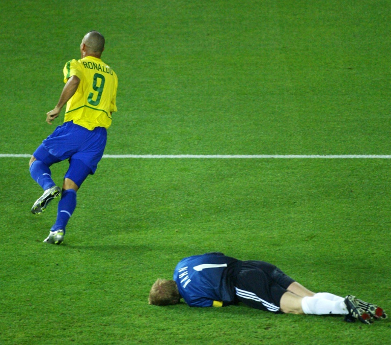 Brazilian Ronaldo close to buying Spanish club: newspaper