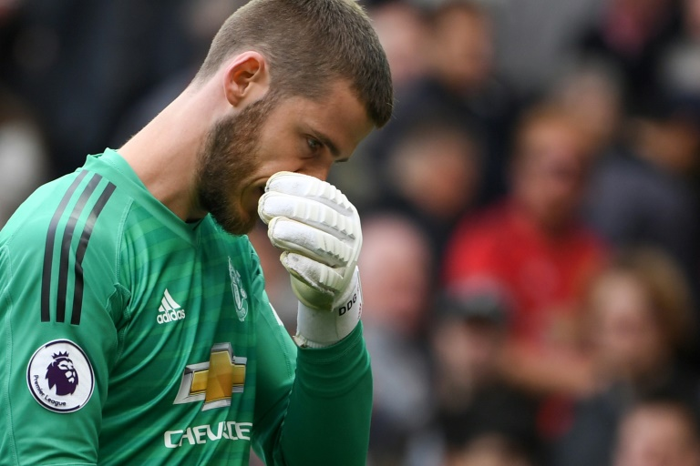 De Gea's latest blunder puts United goalkeeper in spotlight