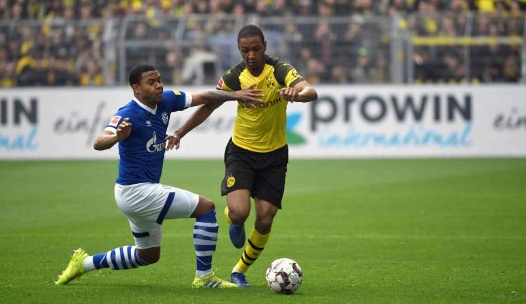 PSG sign defender Diallo from Dortmund